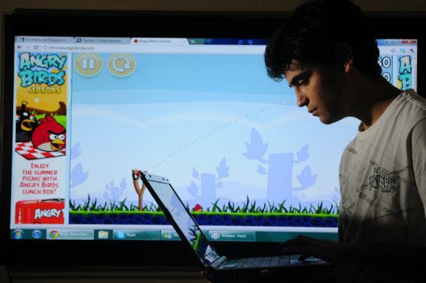 Pesquisa revela comportamento de jovens na era digital