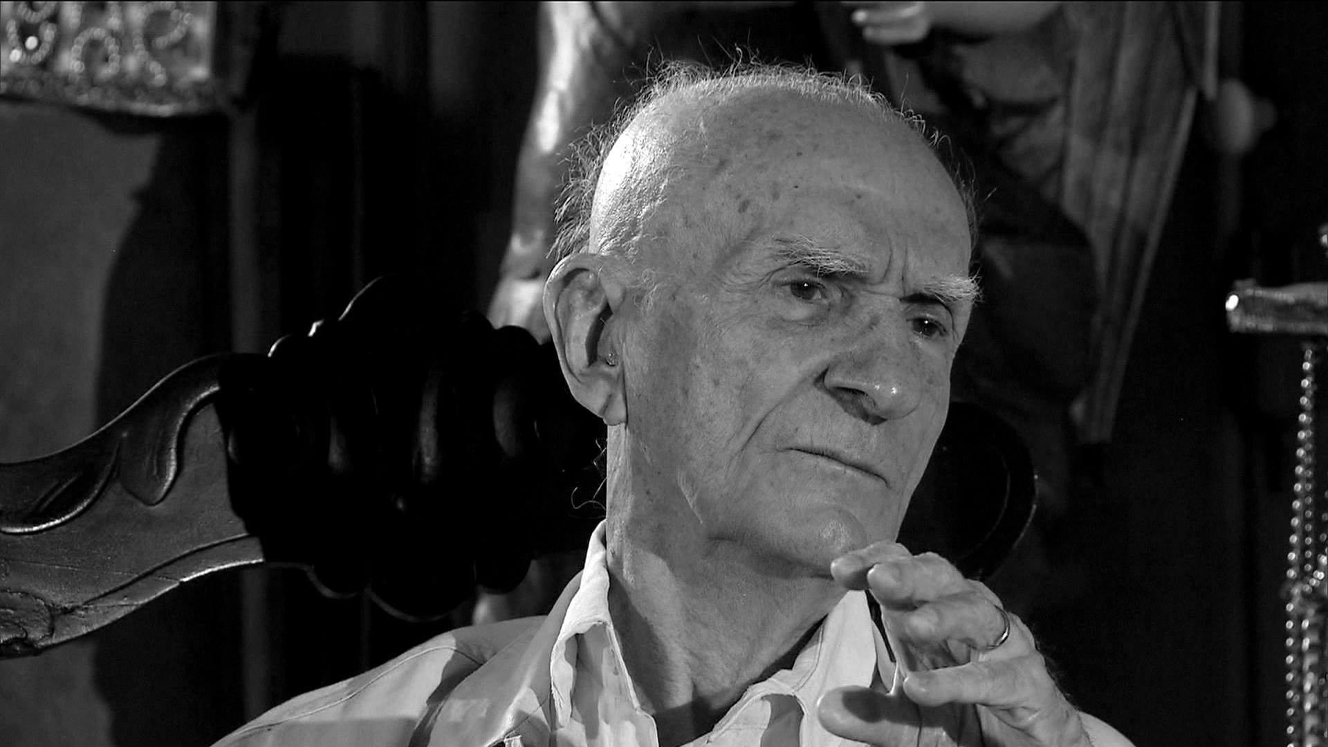 Morre o escritor Ariano Suassuna